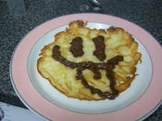 Another #pancake face, this time with chocolate spread! #prizepancake
