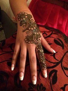 Latest Mehndi Designs  For Eid 2014 | Best Henna Designs