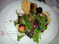 Una ensalada podría ser tu entrena ideal.   www.bougainvilleabodas.com.mx Bodas San Miguel de Allende.
