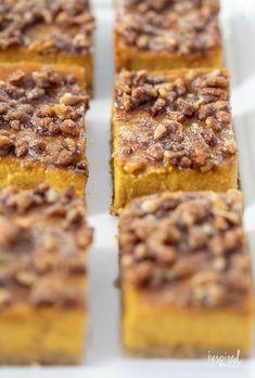 Pumpkin Pie Bars - Delicious Fall Dessert Recipe #pumpkinpie #pumpkin #fall #fallbaking #dessert #recipe Fall Dessert Recipes, Fall Desserts, Baked Pumpkin, Pumpkin Recipes, Pumpkin Pie Bars, Sicilian Recipes, Fall Baking, Baking Recipes, Food To Make