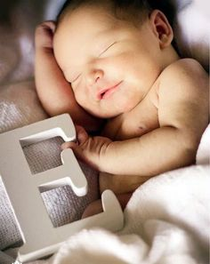 Adorable newborn Photography Ideas For Your Junior (27)