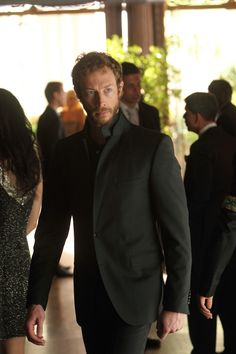 Lost Girl - - I Fought the Fae (and the Fae Won) - Kris Holden-Ried as Dyson Lost Girl, I Movie, Movie Stars, Kris Holden Ried, Girls Series, Hot Hunks, Great Tv Shows, Raining Men, Sharp Dressed Man