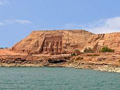 Excursiones en Egipto,  El Templo de Abu Simbel http://www.espanol.maydoumtravel.com/Paquetes-de-Viajes-Cl%C3%A1sicos-en-Egipto/4/1/29