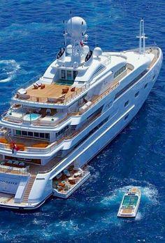 LADY LUXURY - Yachting - Source: LadyLuxury7
