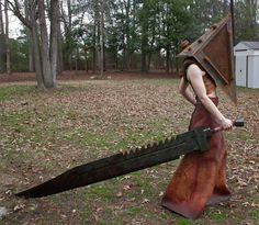 Pyramid Head (Silent Hill) crossplay