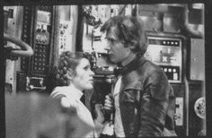 Han and Leia Han Solo Leia, Han And Leia, Hp Movies, Good Movies, Childhood Movies, Films, Leia Star Wars, Star Wars Art, Carrie Fisher Harrison Ford