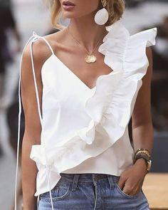 Trend Fashion, Look Fashion, Fashion Outfits, Fashion Design, Emo Outfits, Lolita Fashion, Looks Style, My Style, Womens Fashion Online