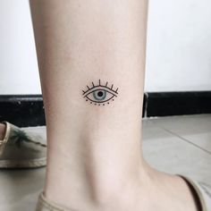 tiny tattoos are offered on our web pages. Mini Tattoos, Flower Tattoos, New Tattoos, Body Art Tattoos, Tattoo Floral, Tatoos, Tiny Tattoos For Girls, Small Tattoos, Greek Evil Eye Tattoo