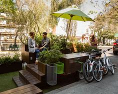 Parklet is a private initiative to take back public space in a very efficient and pacific way, in order to generate a better quality of life for the inhabita. Street Furniture, Ikea Furniture, Outdoor Furniture Sets, Outdoor Decor, Tactical Urbanism, Fern Planters, Garbage Waste, Pocket Park, Best Architects