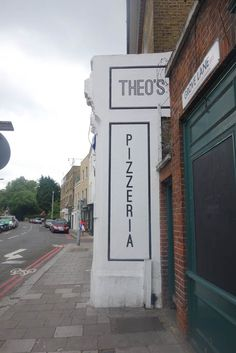 Theo's Pizza, Camberwell