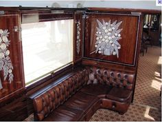 'Memorabilia on the Orient Express' at Christie's golden era rail sale Art deco from the golden age of the famous Orient Express railway network is a. Art Nouveau, Art Deco, Orient Express Train, Simplon Orient Express, Locomotive, Train Service, Rail Car, Old Trains, Train Journey