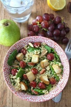 Spinach Quinoa Salad with Roasted Grapes, Pears and Almonds.  Next time I will not roast the grapes with the pears and will keep them plain. The roasted grapes kind of weirded me out even though I wanted to like them.