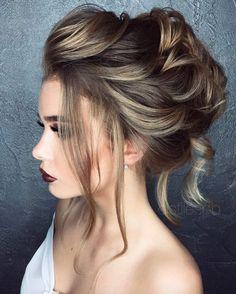 50 Prom Hairstyles That Are Totally 2017 Voluminous updo by Elstilespb Simple Bride Hairstyles, Bun Hairstyles, Pretty Hairstyles, Wedding Hairstyles, Prom Hair Bun, Prom Hair Updo Elegant, Prom Hair Medium, Pinterest Hair, Short Hairstyles
