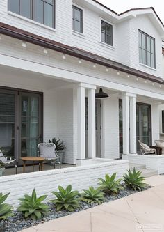 This California Style Eclectic Beach House is designed by Amber Interiors - Beach Pretty House Tour: This California Style Eclectic Beach House is designed by Amber Interiors - House Design, Interior And Exterior, House, Pretty House, Amber Interiors, Exterior Design, Beach House Exterior, Interior Design Styles, Exterior