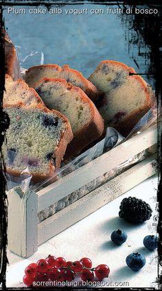 I ricordi più belli sono come frutti canditi, anche dopo molto tempo conservano tutta la loro dolcezza. In questo caso i canditi sono stati sostituiti da colorati frutti di bosco, ecco la ricetta http://sorrentinoluigi.blogspot.com/2014/06/plum-cake-allo-yogurt-con-frutti-di.html buona giornata