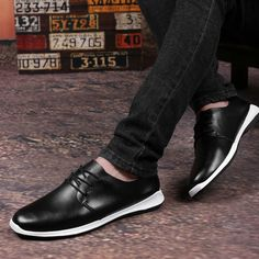 New British Style Shoes Men Designer Casual Footwear Male High Quality Rubber Toe Flats Black Blue Brown