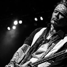 Johnny Depp performing in #Milwaukee at #summerfest with the @hollywoodvampires…