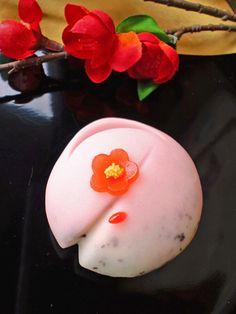 Wagashi - みどりや :香梅 Perfume of Plum-blossoms