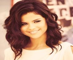 Glaring Styles for Short Curly Hair selena gomez hairstyle. I really want to cut my hair, but I am too scared :/selena gomez hairstyle. I really want to cut my hair, but I am too scared :/ Formal Hairstyles, Pretty Hairstyles, Updos Hairstyle, Everyday Hairstyles, Pixie Hairstyles, Feathered Hairstyles, Curly Hairstyles For Medium Hair, Bouffant Hairstyles, Beehive Hairstyle