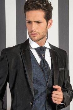 m101-luxusny-pansky-oblek-svadobny-salon-valery
