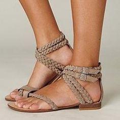 EricDress - EricDress Ericdress Woven Toe Ring Flat Sandals with Buckle - AdoreWe.com