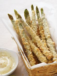 Fried Asparagus with Creole Mustard Sauce Side Recipes, Vegetable Recipes, Gourmet Recipes, Appetizer Recipes, Vegetarian Recipes, Cooking Recipes, Appetizers, Yummy Recipes, Cajun Recipes