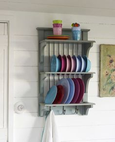Awesome Wall Mountable Plate Rack