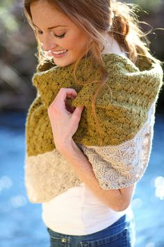 Amberle Shawl Knitting Pattern by Shannon Cook of VeryShannon.com #amberleshawl