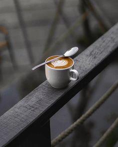 Coffee Icon, Coffee Cafe, Coffee Humor, Coffee Drinks, Men Coffee, Funny Coffee, Starbucks Coffee, Coffee Tables, Coffee Photos