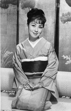 Machiko Kyō (京 マチ子 Kyō Machiko?, born March 25, 1924) is a Japanese actress