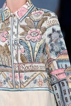 Marco Zanini. Jacka i tyg med målad kurbits av Slotts-Barbro.