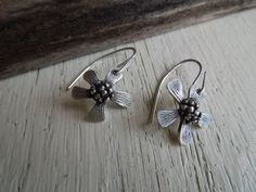 ARTisan Made Jeanne's Daisy Earrings  PMC  by ARTandElements