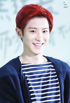 I love his red hair *-*
