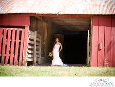 Bridal portraits in the Old Settlers Park barn in Round Rock, TX