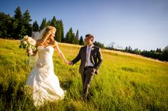 Jami & Kyle { Mount Hood Bed & Breakfast }- Portland, Oregon Wedding Photography Blog | Powers Photography Studios