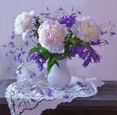 Beautiful Flower Arrangements, Floral Arrangements, Beautiful Flowers, Flower Background Wallpaper, Flower Backgrounds, Flower Tea, Flower Petals, Birth Flower Tattoos, Herb Garden In Kitchen