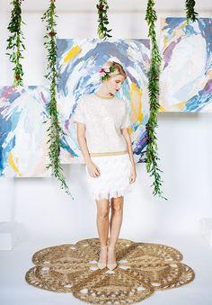 DIY Effortless Artful Backdrop - http://www.laddiez.com/wedding-tips/diy-effortless-artful-backdrop.html - #Artful, #Backdrop, #Effortless