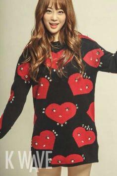 Heo youngji KARA Kara Youngji, Heo Young Ji, Cute Korean, Korean Actresses, Korean Outfits, Kpop Girls, Christmas Sweaters, Celebrities, Womens Fashion