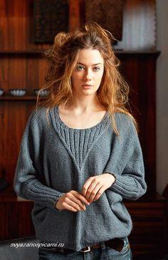 Описание как связать спицами женский пуловер с рукавом летучая мышь. Стильный и модный женский пуловер спицами.