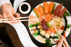 Japanese Diet Rich In Fish May Hold Secret To Healthy Heart: Fatty Acids From Fish Appear To Prevent Clogged Arteries (Diet Plans To Lose Weight For Women Healthy Eating) Diet Plans To Lose Weight, How To Lose Weight Fast, Vicky Cristina Barcelona, Diet Patch, Carb Cycling Diet, Japanese Diet, Real Food Recipes, Healthy Recipes, Diet Reviews