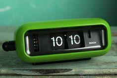 Antiguo Reloj despertador flip clock Bosch numeros volcables vintage retro space age Alemania 70's