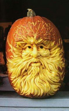 Carving Out Memories by Wilde Awake.   Old man weather showing his groomsmanship. Halloween Tableau, Halloween Pumpkins, Samhain Halloween, Holidays Halloween, Happy Halloween, Halloween Crafts, Halloween Party, Halloween Decorations, Halloween 2014