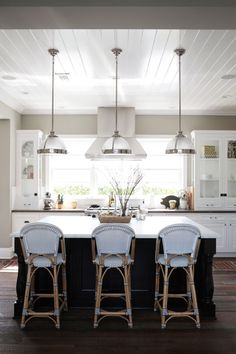Neutral kitchen with wood floors