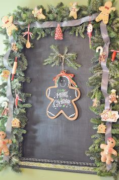 Gingerbread Christmas Kitchen : Cottage at the Crossroads Gingerbread Christmas Decor, Gingerbread Crafts, Gingerbread Decorations, Country Christmas Decorations, Christmas Porch, Christmas Banners, Christmas Tree Themes, Christmas Kitchen, Elegant Christmas