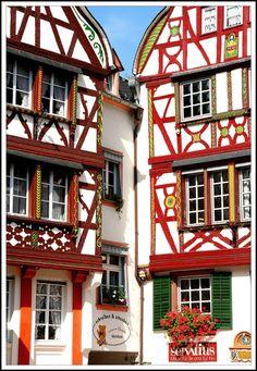 Frontages in Bernkastel-Kues, Germany / by Roger Godet on TrekEarth, Rheinland-Pfalz Places Around The World, Travel Around The World, Around The Worlds, Visit Germany, Germany Travel, Kell Am See, Eifel Germany, Beautiful World, Beautiful Homes