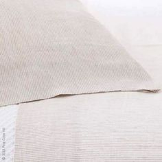 Pine Cone Hill's Parchment Linen Stripe Sheet Set has the character of classic menswear. This textured linen sheet is the perfect accompaniment to Parchment Linen Checkerboard duvet cover and shams.