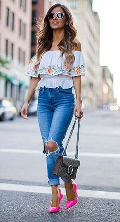 perfect summer outfit: top + bag + heels + ripped jeans