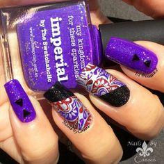 Nails by Cassis: Silver x Purple Paisley Mani #nails #nailart #nailstamping #moyoulondon