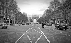 #france #champelysses #arcdetriomphe #photography #blackandwhite