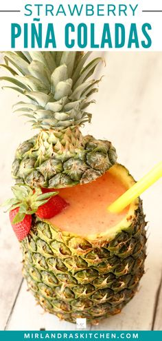 Party Drinks, Fun Drinks, Yummy Drinks, Alcoholic Drinks, Beverages, Summer Cocktails, Cocktail Drinks, Strawberry Pina Colada Recipe, Bebidas Detox